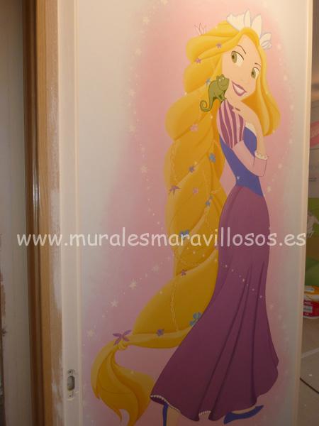 murales de rapunzel pintados en cuartos y habitaciones niña