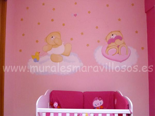 ositos pintados sobre paredes rosas