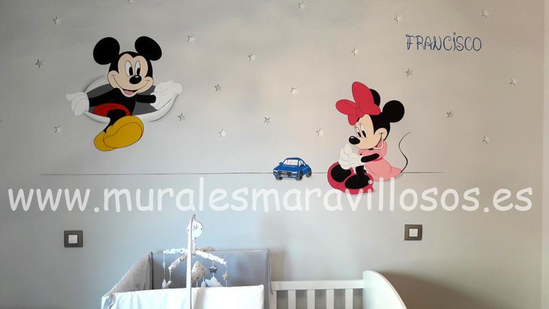 habitaciones infantiles con mickey minnie
