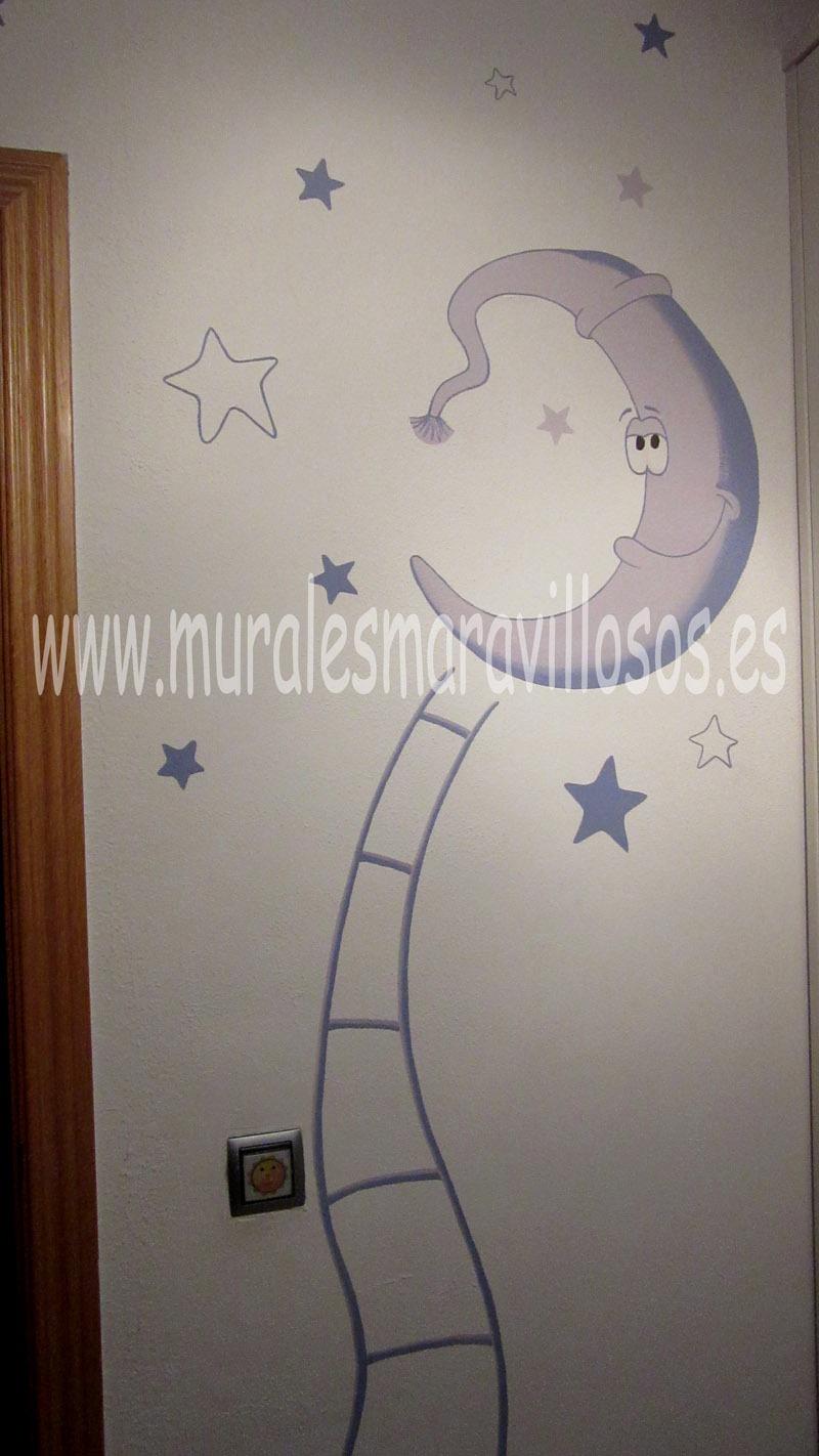 luna estrellas y escalera pintadas en pared