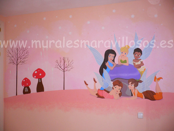 murales fairies en habitaciones rosas de niñas
