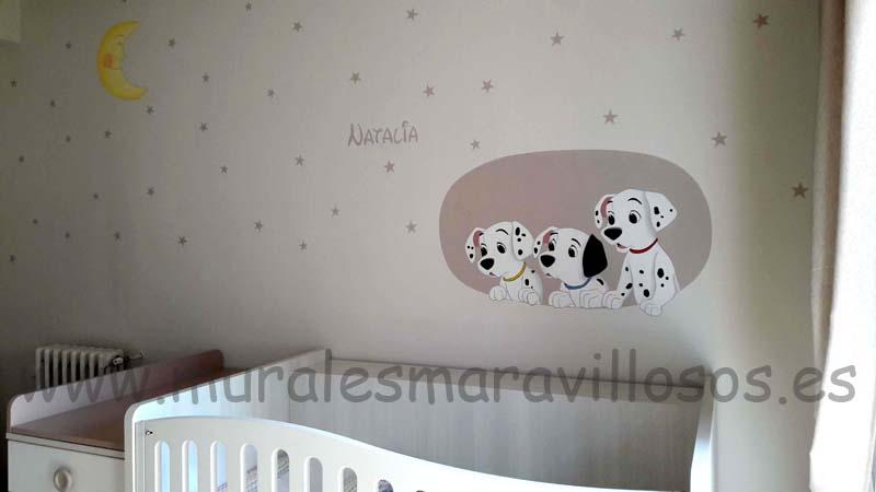 MURALES INFANTILES LUNA ESTRELLAS DALMATAS