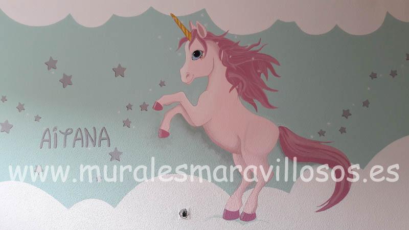 murales infantiles unicornios