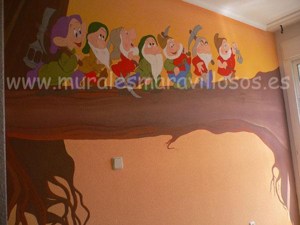 murales los siete enanitos pintados en cuartos infantiles