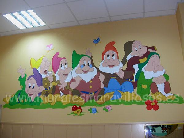 mural de los siete enanitos