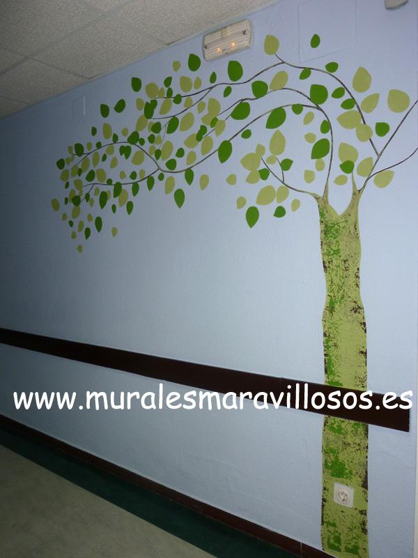 murales pintados pasillos hospitles