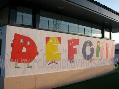 murales pintados en fachadas colegios y guarderías alfabeto