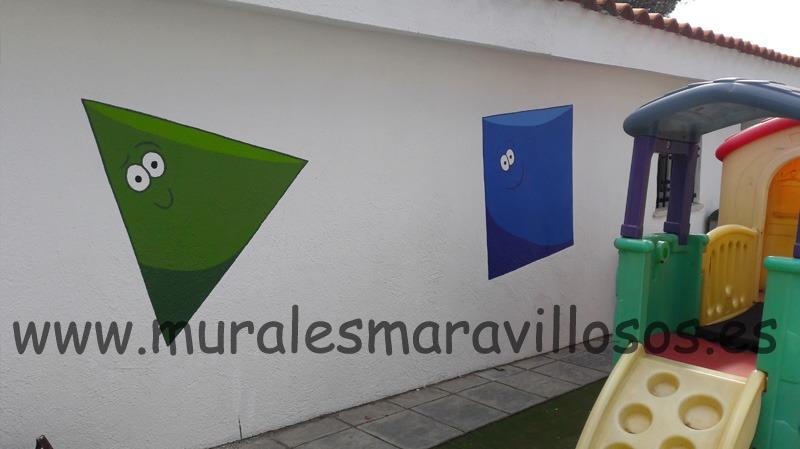 fachada colegio eurovillas con muirales pintados
