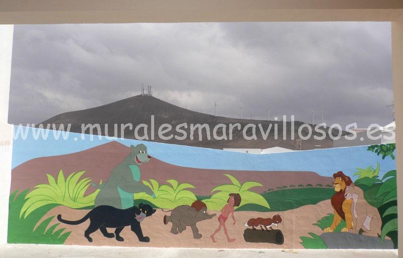mural pintado en colegio el libro de la selva