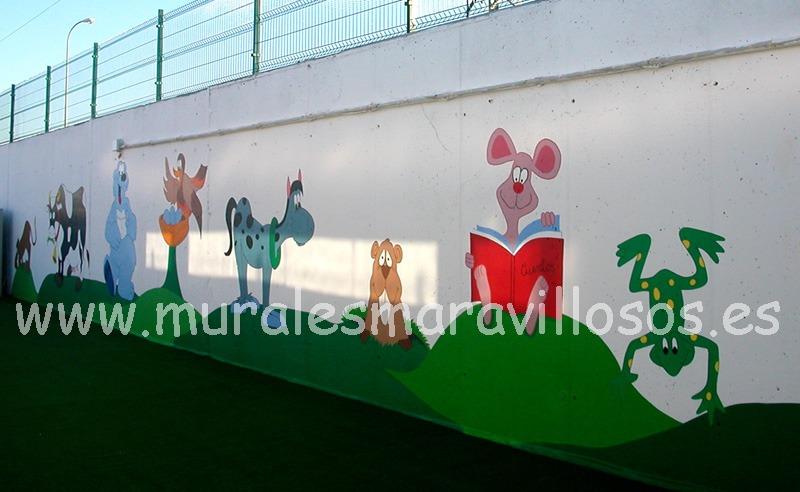 muros y vallas pintadas en colegios con animales