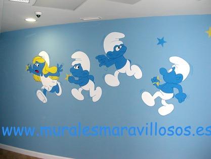 murales pintados en colegios y guarderias pitufos