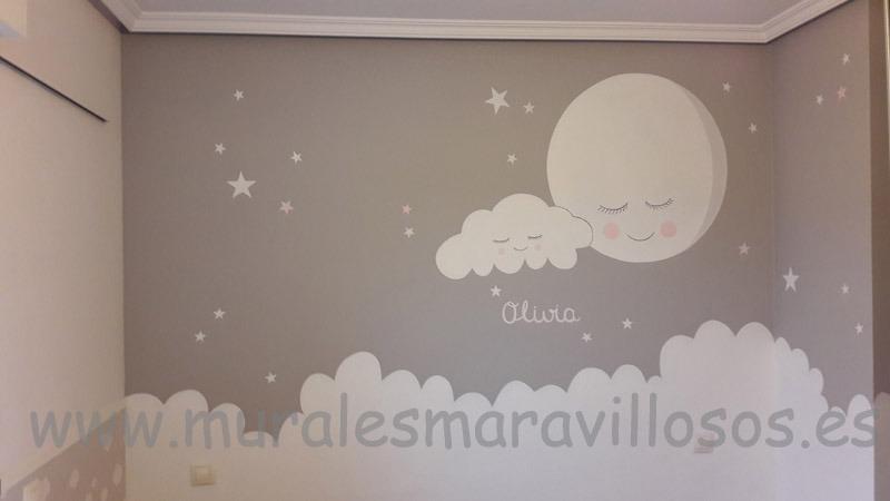 mural infantil con luna estrellas y nubes