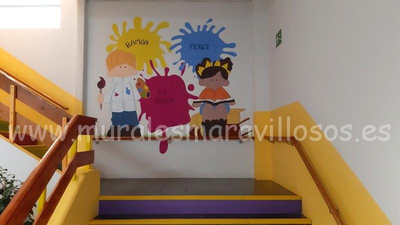 murales escaleras de colegio