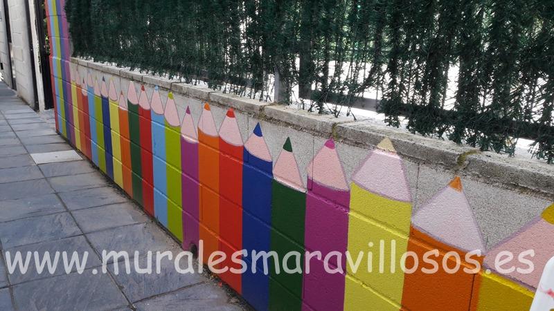 mural lapiceros valla colegio eurovillas