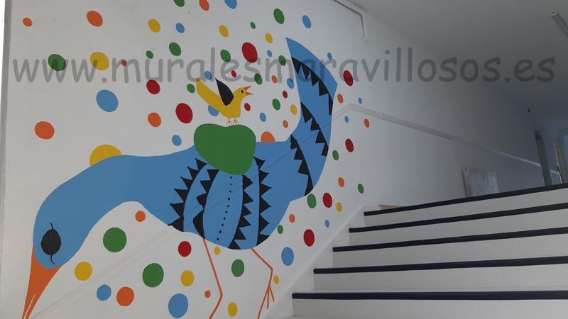 murales escalera colegio base moraleja