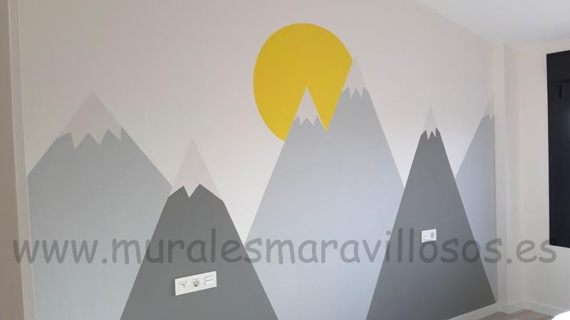 mural infantil montañas y sol