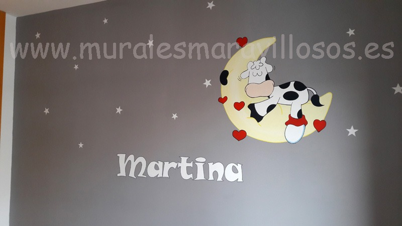 mural infantil vaca y luna