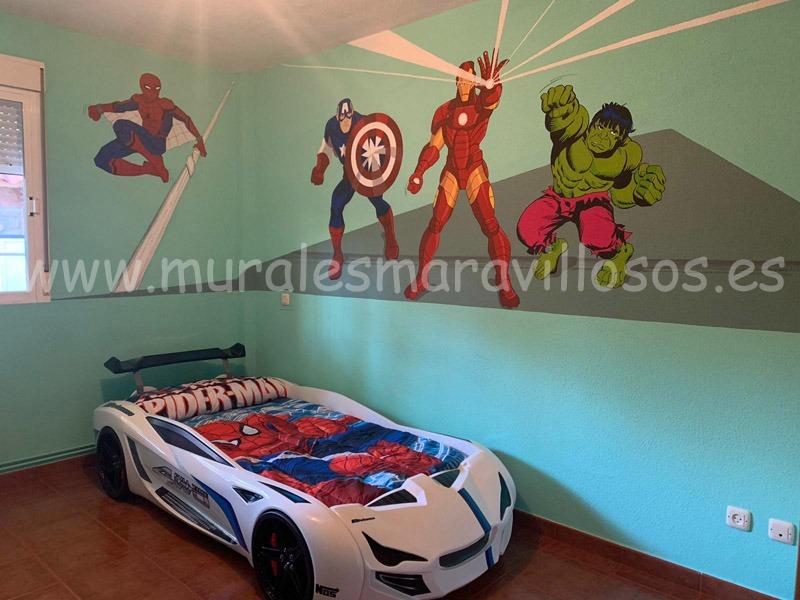 murales de superheroes