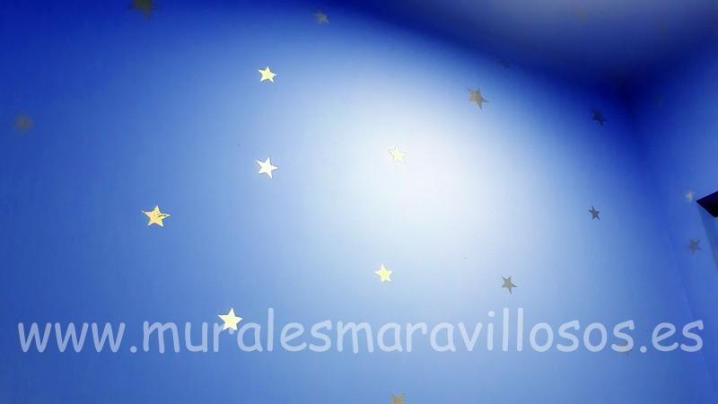 pintura estrellas doradas paredes
